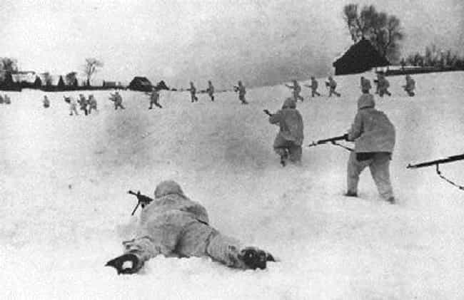 Battle of Moscow is listed (or ranked) 3 on the list Pivotal Battles of World War 2 (European Front)