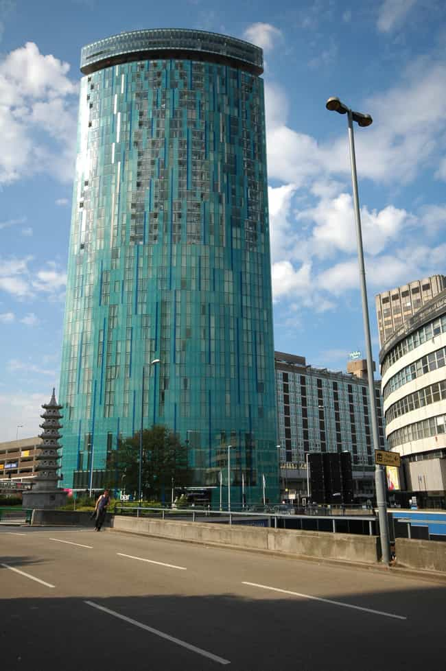 10 Holloway Circus is listed (or ranked) 1 on the list List of Famous Birmingham Buildings & Structures