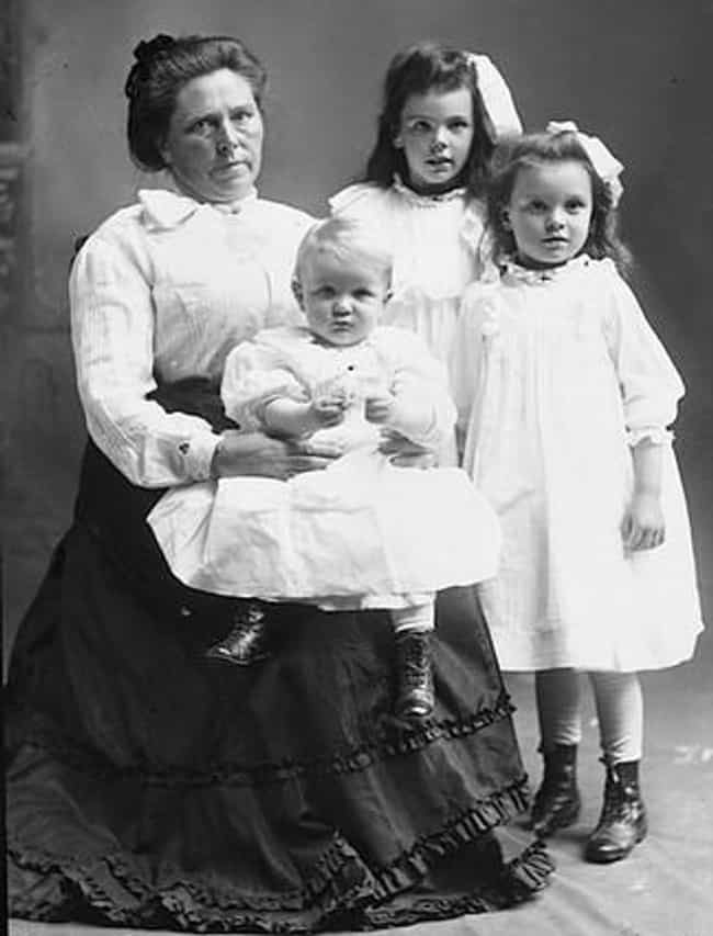Belle Gunness is listed (or ranked) 3 on the list 40 Serial Killers Who Are Scorpios