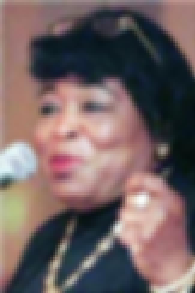 Betty Shabazz is listed (or ranked) 2 on the list Famous New Jersey City University Alumni