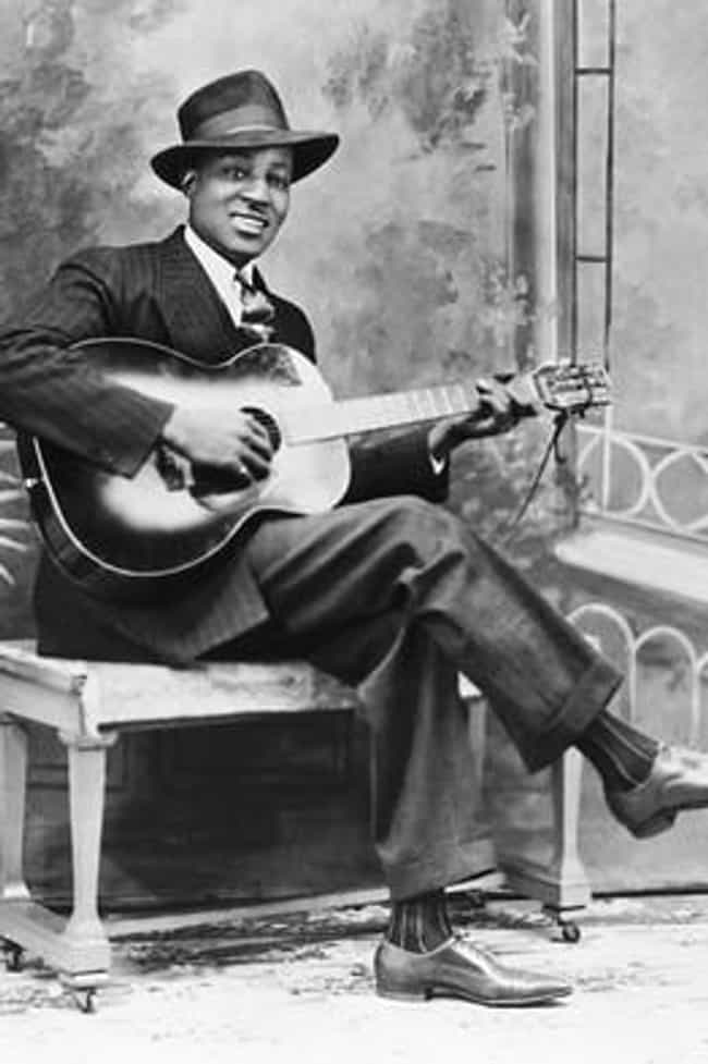 Big Bill Broonzy is listed (or ranked) 3 on the list Famous Guitarists from Arkansas