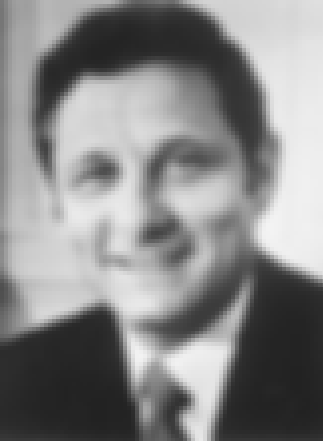 Birch Bayh is listed (or ranked) 3 on the list Famous Indiana University School Of Law - Bloomington Alumni