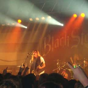 Black Stone Cherry is listed (or ranked) 1 on the list The Best Musical Artists From Kentucky