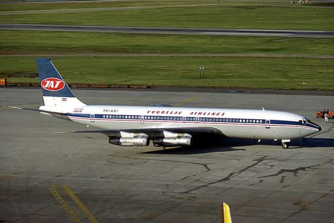 Boeing 707 is listed (or ranked) 4 on the list List of Boeing Commercial Airplanes Airplanes and Aircrafts