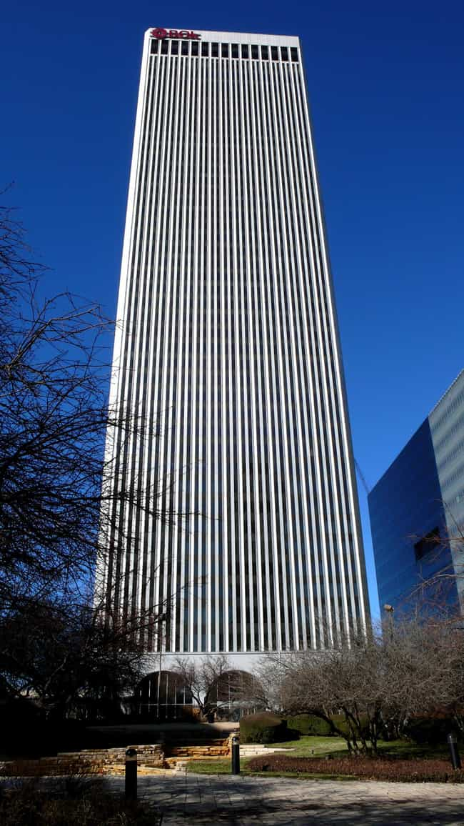 BOK Tower is listed (or ranked) 2 on the list List of Famous Tulsa Buildings & Structures