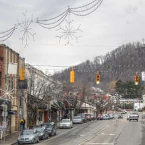 Boone is listed (or ranked) 19 on the list America's Coolest College Towns