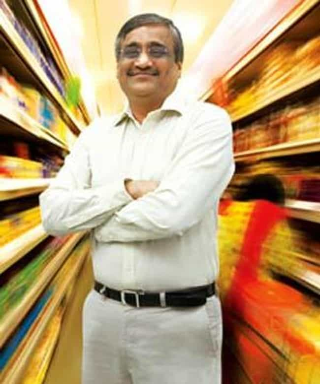 Kishore Biyani is listed (or ranked) 4 on the list List of Famous Managing Directors