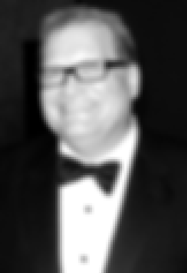 Drew Carey is listed (or ranked) 2 on the list Famous Male Game Show Hosts