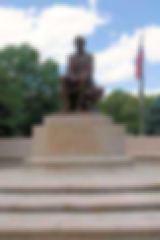 Lincoln Memorial is listed (or ranked) 4 on the list List of Famous James Earle Fraser Artwork