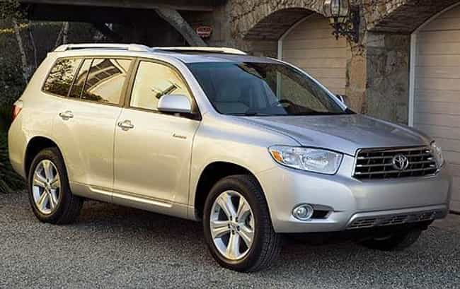 2010 Toyota Highlander ... is listed (or ranked) 3 on the list The Best Toyota Highlanders of All Time