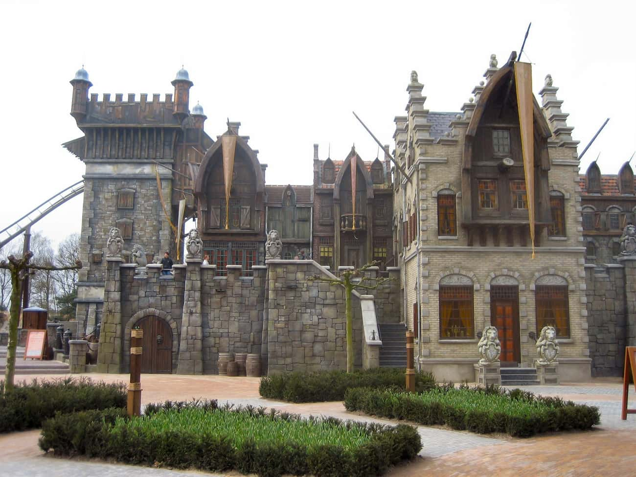 Flying Dutchman is listed (or ranked) 1 on the list The Best Rides at Efteling