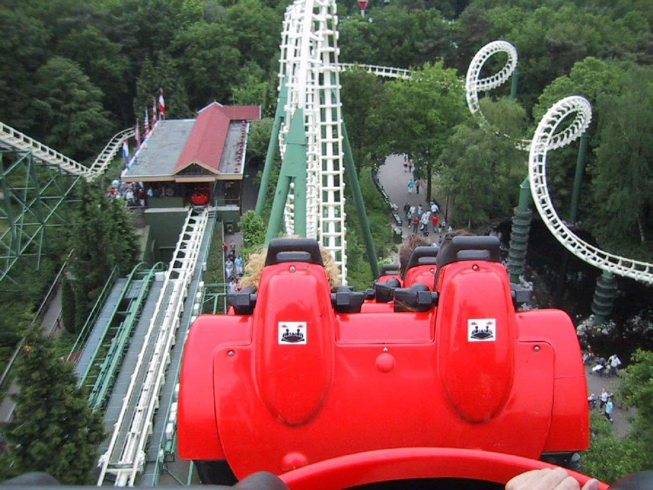 Python is listed (or ranked) 4 on the list The Best Rides at Efteling