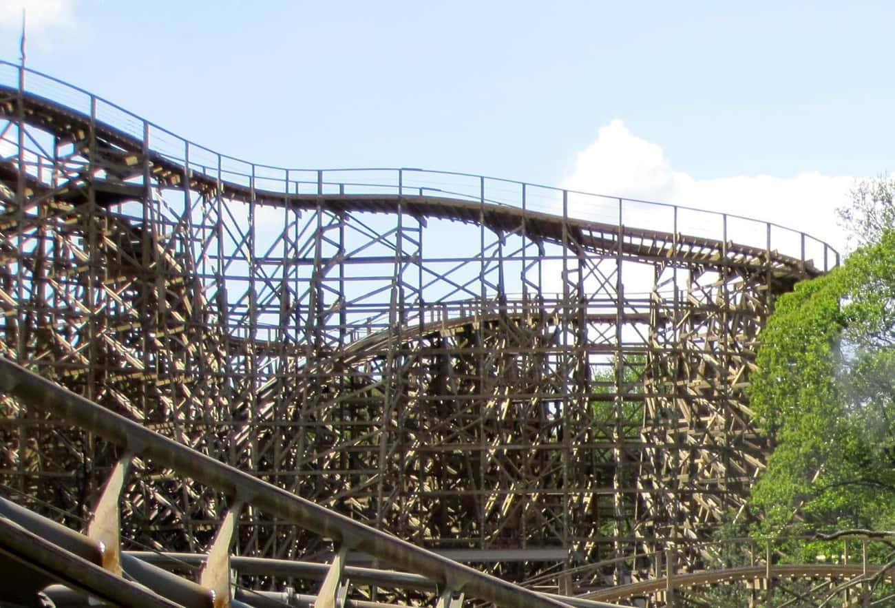 George and the Dragon is listed (or ranked) 2 on the list The Best Rides at Efteling