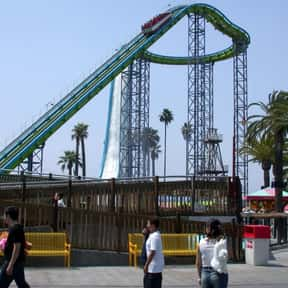 Perilous Plunge is listed (or ranked) 12 on the list The Best Rides at Knott's Berry Farm