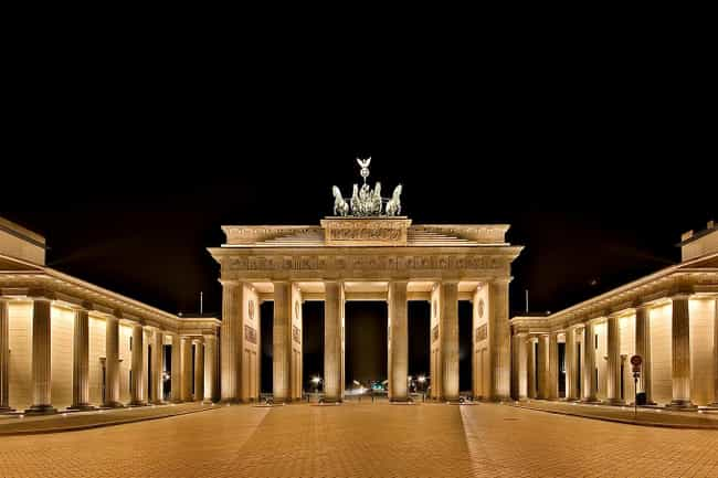 Brandenburg Gate is listed (or ranked) 1 on the list The Most Important Gates in History