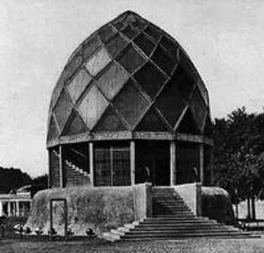 Bruno Taut is listed (or ranked) 2 on the list Expressionist Architecture Architects