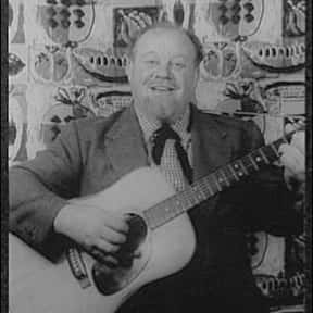 Burl Ives is listed (or ranked) 6 on the list Full Cast of Jules Verne's Rocket To The Moon Actors/Actresses