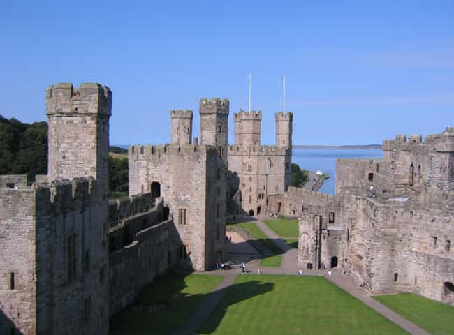 Caernarfon Castle is listed (or ranked) 2 on the list Famous Edwardian architecture buildings
