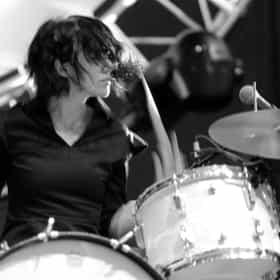 Carla Azar