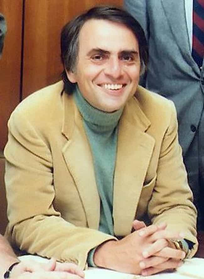 Carl Sagan is listed (or ranked) 4 on the list Famous People Born in 1934
