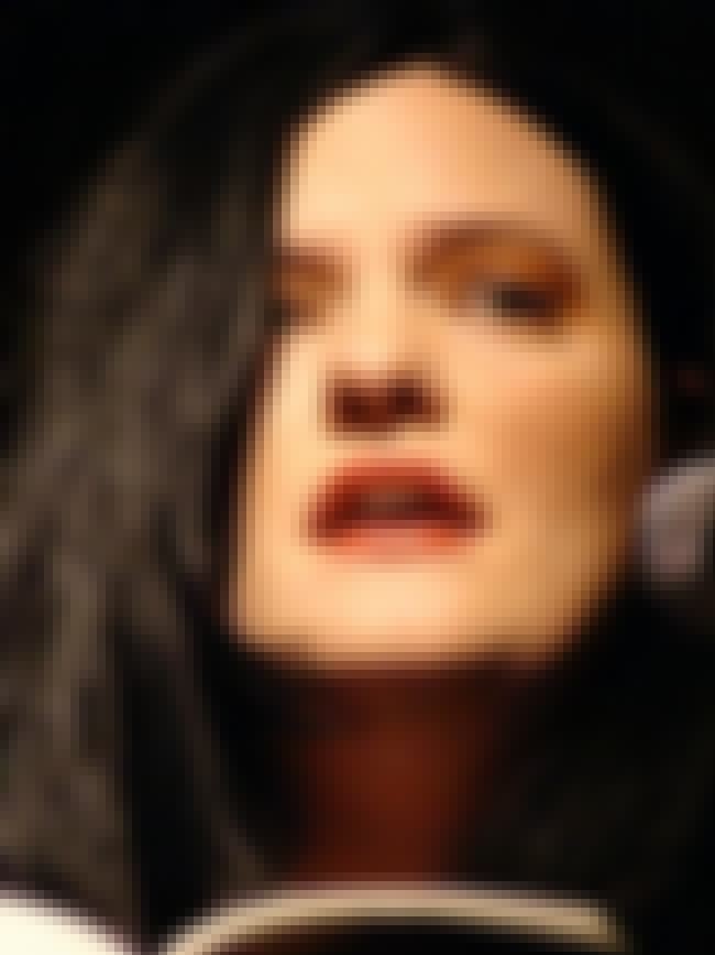 Catherynne M. Valente is listed (or ranked) 4 on the list Famous Female Literary Critics
