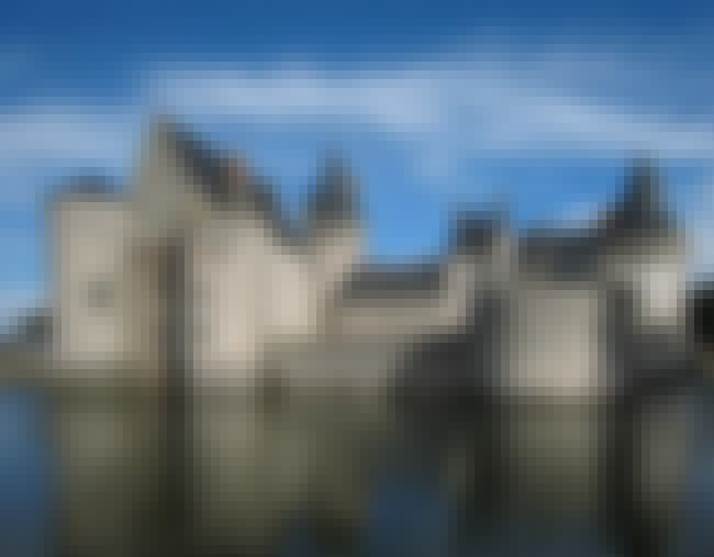 Château de Sully-sur-Loire is listed (or ranked) 3 on the list The Most Beautiful Castles in the World