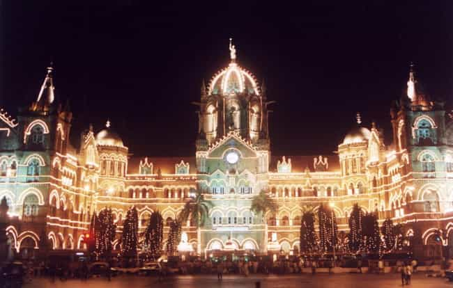 Chhatrapati Shivaji Term... is listed (or ranked) 4 on the list List of Famous Mumbai Buildings & Structures