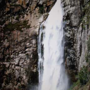 Feather Falls is listed (or ranked) 15 on the list List of Waterfalls in the US