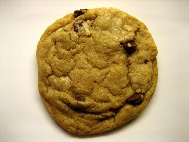 Chocolate chip cookie is listed (or ranked) 1 on the list 25 Things You Love That Were Accidents