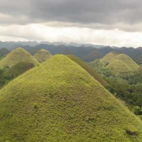 Chocolate Hills is listed (or ranked) 20 on the list The Most Beautiful Natural Wonders In The World