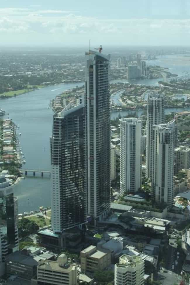Circle on Cavill is listed (or ranked) 2 on the list List of Famous Gold Coast Buildings & Structures