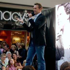 Clinton Kelly is listed (or ranked) 8 on the list Famous Boston College Alumni