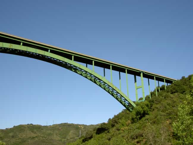 Cold Spring Canyon Arch ... is listed (or ranked) 7 on the list Famous Bridges in California