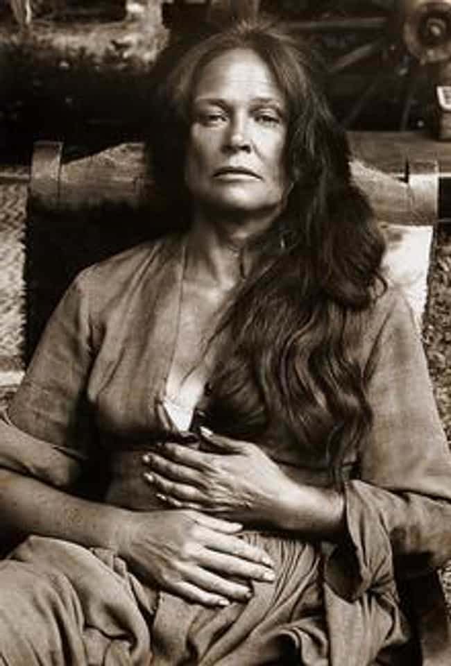 Colleen Dewhurst is listed (or ranked) 3 on the list Famous People Who Died of Cervical Cancer