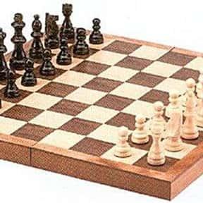 """15"""" Standard Wooden Chess Set"""