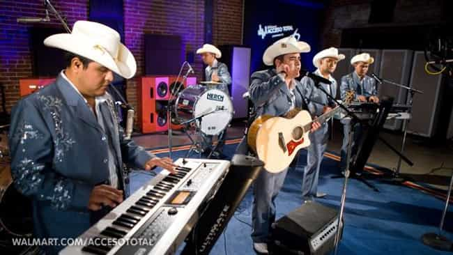 El Trono de Mexico is listed (or ranked) 3 on the list The Best Duranguense Bands/Artists