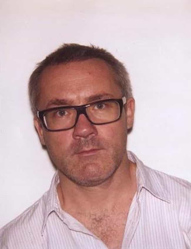 Damien Hirst is listed (or ranked) 2 on the list Famous Young British Artists Artists