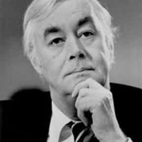 Daniel Patrick Moynihan is listed (or ranked) 6 on the list Famous Tufts University Alumni