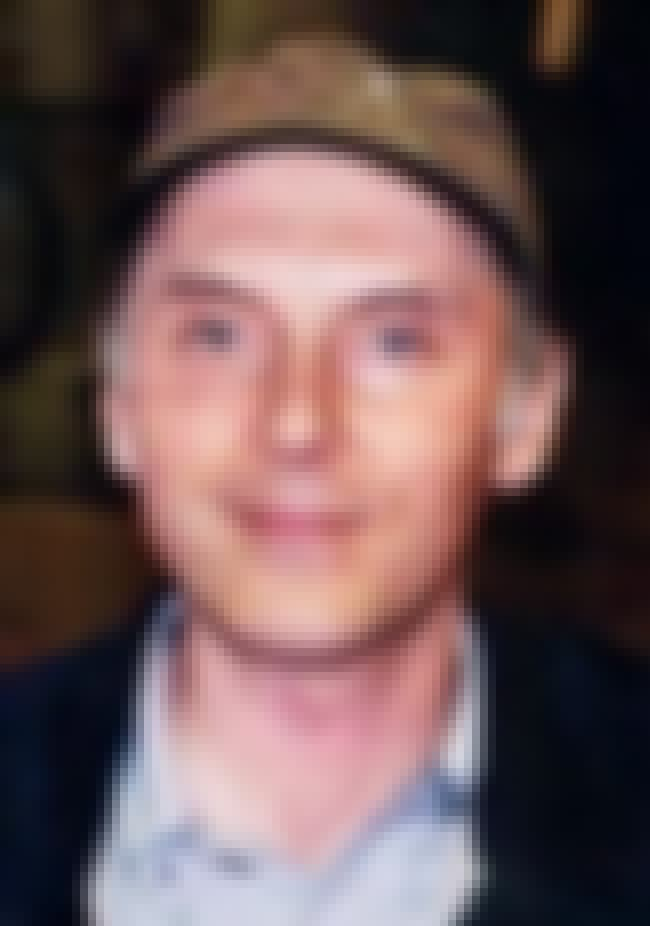 Dan Castellaneta is listed (or ranked) 2 on the list Famous Oak Park And River Forest High School Alumni