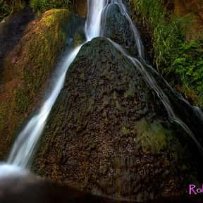 Darwin Falls is listed (or ranked) 14 on the list List of Waterfalls in the US