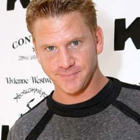 Dash Mihok is listed (or ranked) 11 on the list Full Cast of Hustle Actors/Actresses
