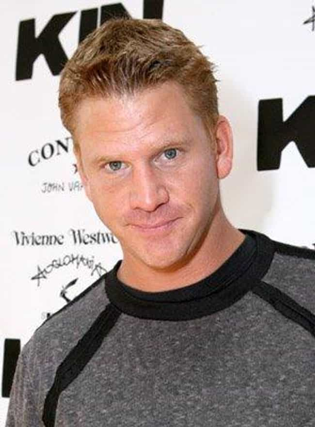 Dash Mihok is listed (or ranked) 4 on the list Alanis Morissette Loves and Hookups