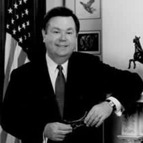 David L. Boren is listed (or ranked) 15 on the list Famous Skull and Bones Members