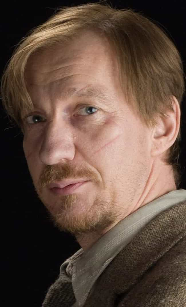 David Thewlis is listed (or ranked) 2 on the list Famous Friends of Dustin Hoffman