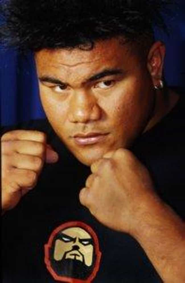 David Tua is listed (or ranked) 2 on the list Famous Male Athletes from Samoa