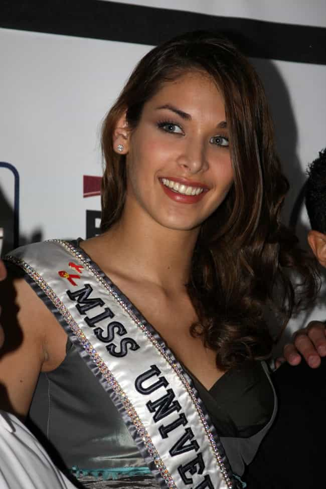 Dayana Mendoza is listed (or ranked) 4 on the list Hottest Venezuelan Models