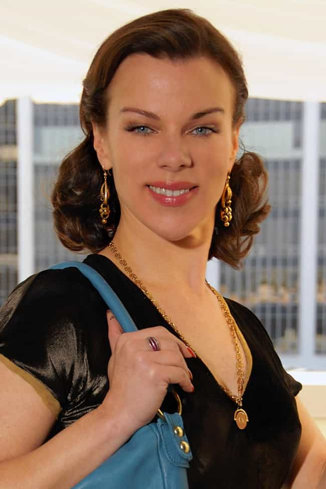 Debi Mazar is listed (or ranked) 8 on the list Celebrities Who Live in Italy