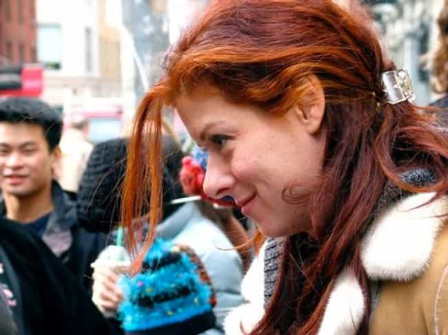 Debra Messing is listed (or ranked) 3 on the list 19 Celebrities with Rhode Island Ties