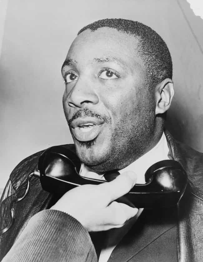Dick Gregory is listed (or ranked) 4 on the list Famous People Born in 1932