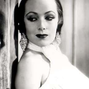 Dolores del Río is listed (or ranked) 6 on the list Full Cast of Flaming Star Actors/Actresses
